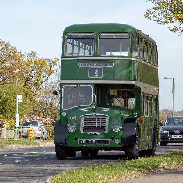 YDL315 Southern Vectis 570