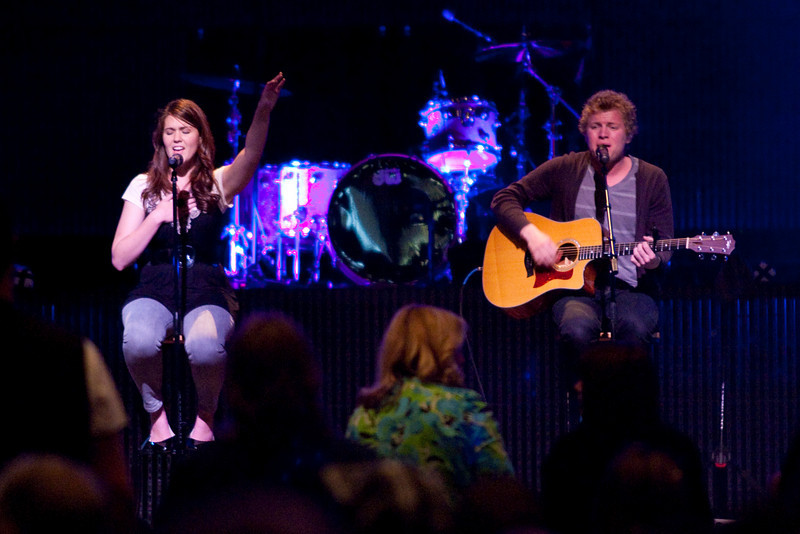 Thrive 2010 - Friday Worship