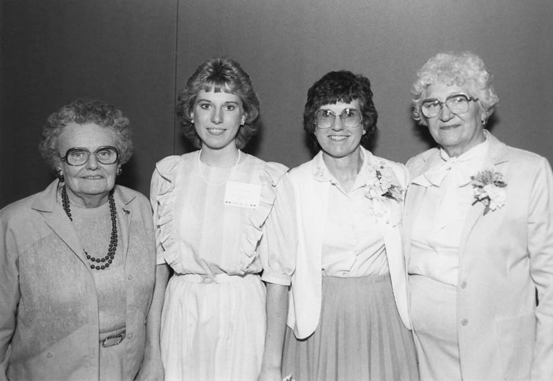 AR081.  Katherine Burgum (K), Lisa, Louise & Lorna Longlet –.jpg
