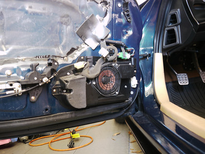 1993 Mazda RX7 R1 Front Door Speaker Installation - USA