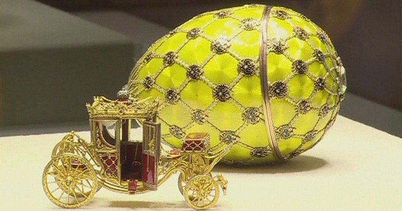 129-1200x630_249332_faberge-eggs-on-show-in-st-petersburg.jpg