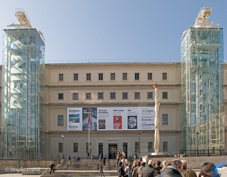 Mon 3/07 in Madrid: Reina Sofia museum, glass elevators