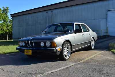 Steve's 1984 BMW 733i