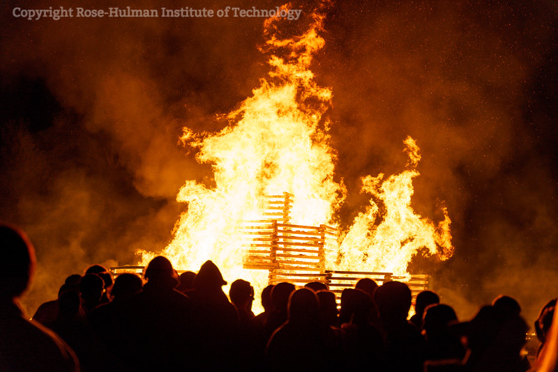 RHIT_Homecoming_2019_Bonfire-7570.jpg