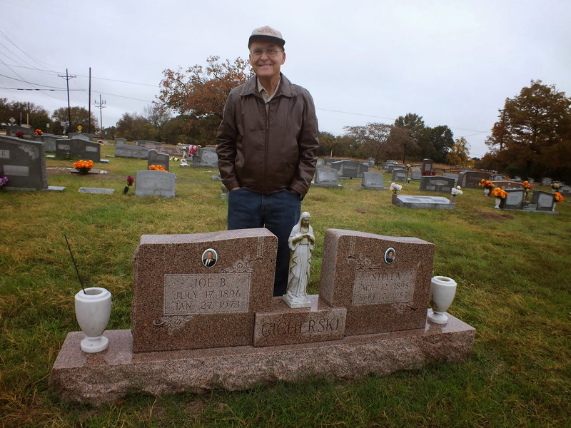 Joe Cicherski at his family's gravsite in St. Mary's cemetary