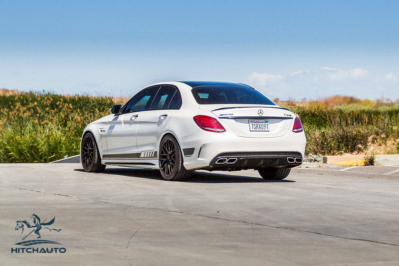 Mercedes_AMG__C63_White_7SRX097-0332.jpg
