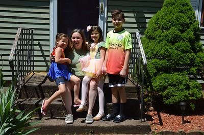DiBona Family 052420