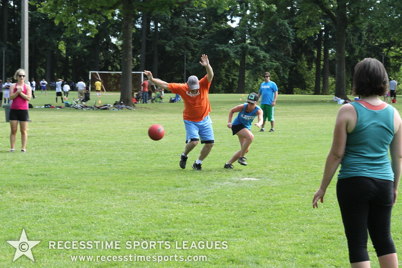 Recesstime_Portland_Kickball_Saturday_20120616_3342.JPG