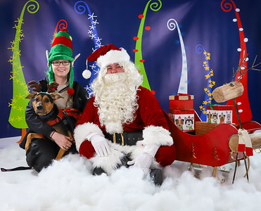 Anna - Pet Pics with Santa