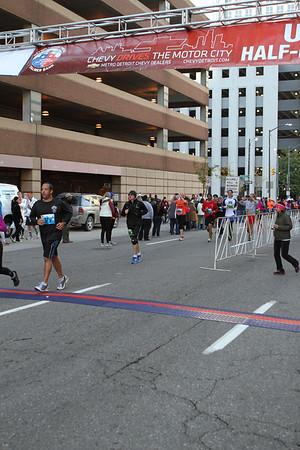 U.S. Only Half Marathon Start - 2103 Detroit Free Press Marathon