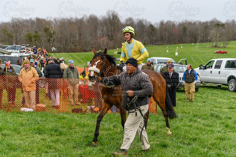 4th Race The Meeting House Mountain