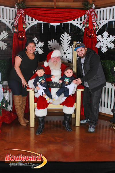 Santa 12-17-16-413.jpg