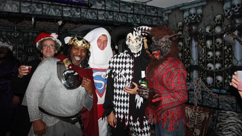 20121103 Team Zebra's Masquerade VII 095.JPG