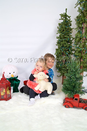'19 Bryon & Ellie - Christmas