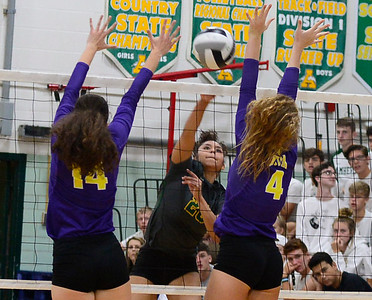 Avon beats Amherst to stay undefeated