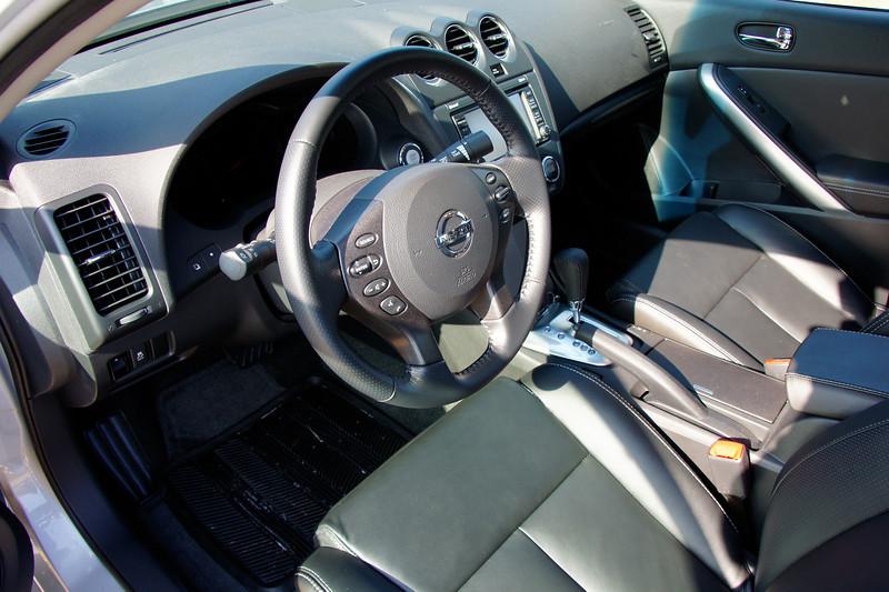 Nissan Altima Coupe 8.JPG