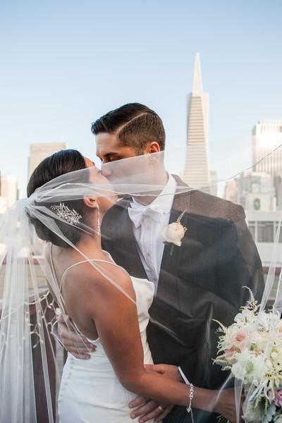 Modern and Timeless San Francisco Omni Hotel Wedding