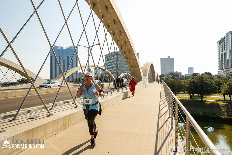 Fort Worth-Social Running_917-0498.jpg