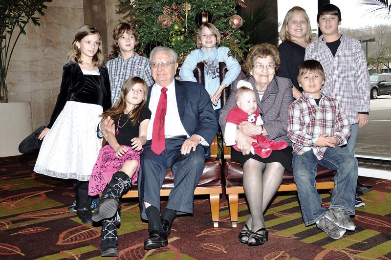 Papo Mamo Great Grandchildren 01.jpg