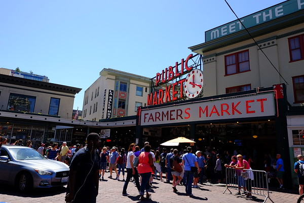Seattle - Pikes Place Market - May 2017