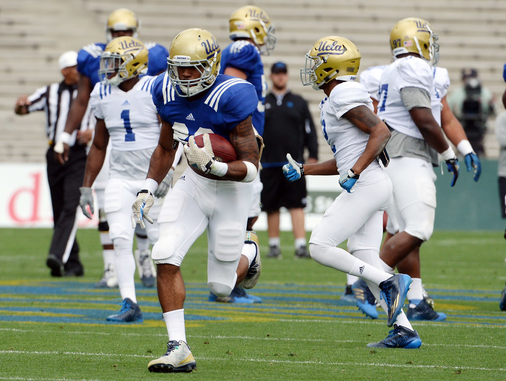 . UCLA Bruins running back Nate Starks (23) during a NCAA college spring football game at the Rose Bowl in Pasadena, Calif., Saturday, April 25, 2015.
