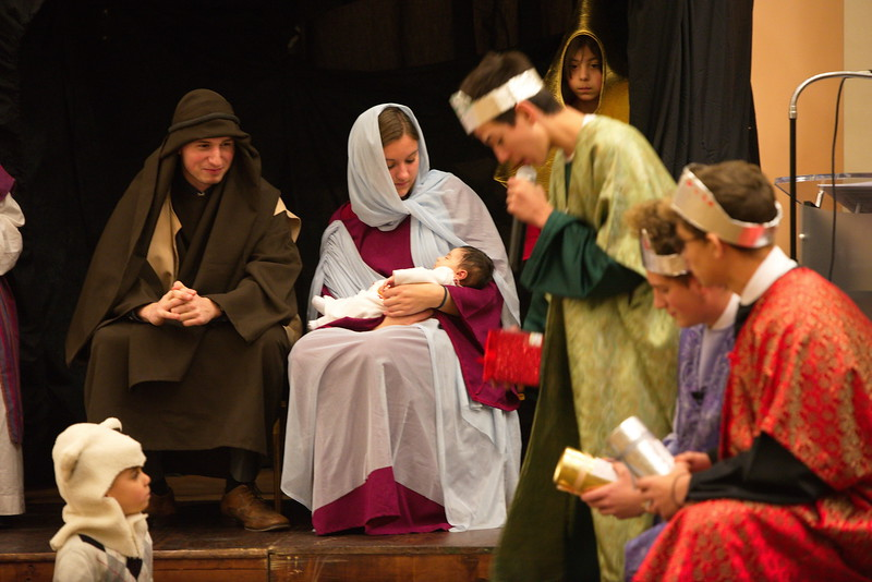 2017-12-17-Christmas-Pageant_045.jpg