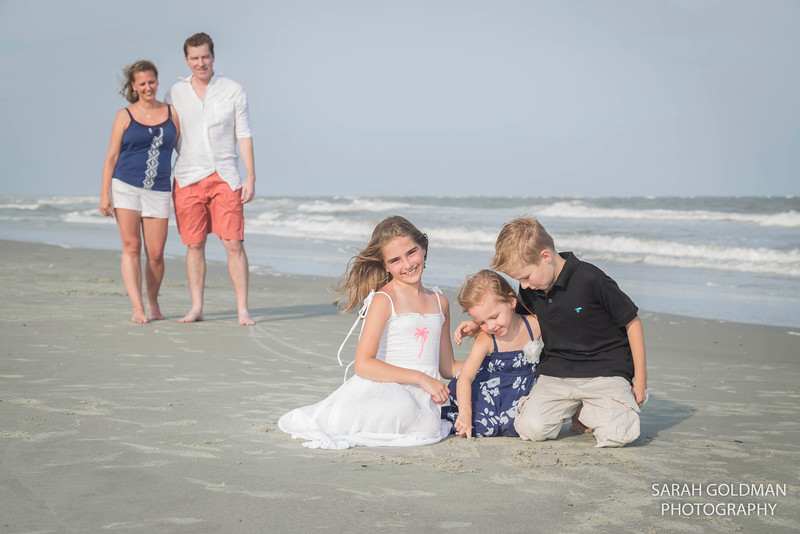family-beach-photos-Charleston (12).jpg