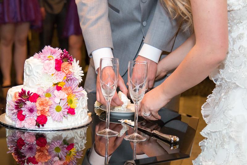 danielle-andy-wedding-photography-reception-21.jpg