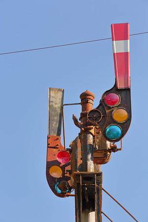 Train signal at Thurmond, WV. © 2020 Kenneth R. Sheide