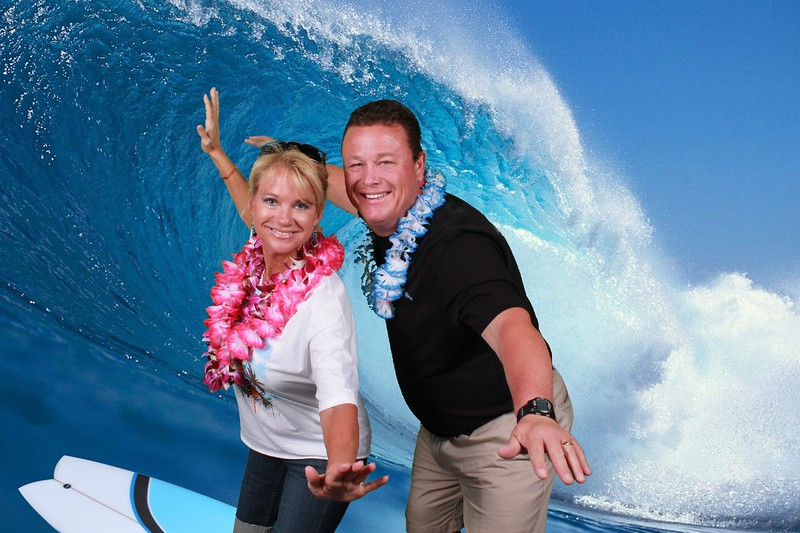 Green Screen Surfing Hawaii Corporate Event.jpg