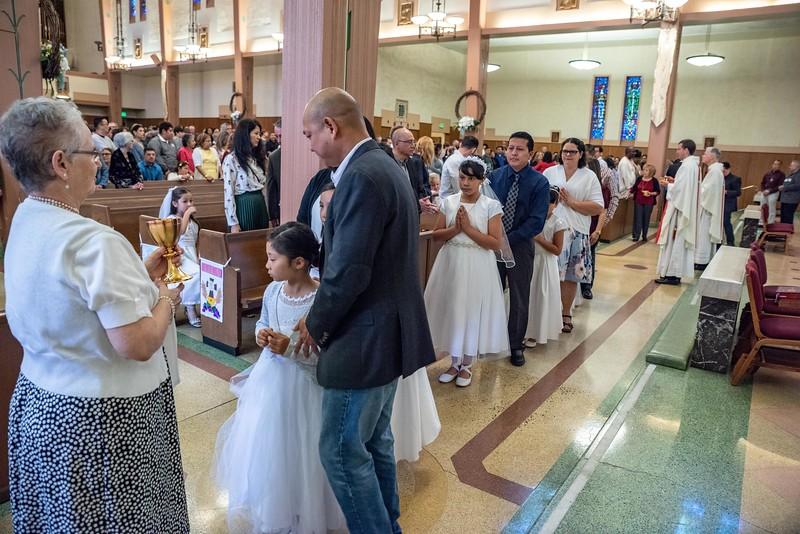180520 Incarnation Catholic Church 1st Communion-105.jpg