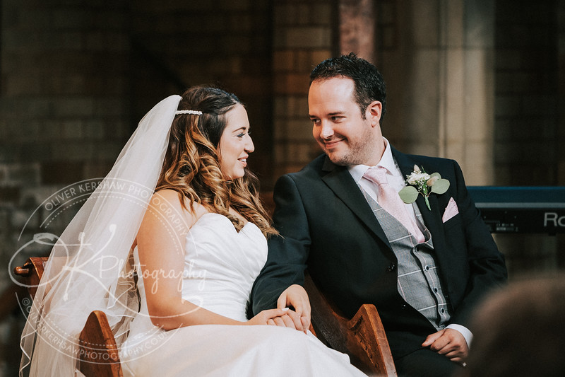 Nick & Elly-Wedding-By-Oliver-Kershaw-Photography-132402-2.jpg