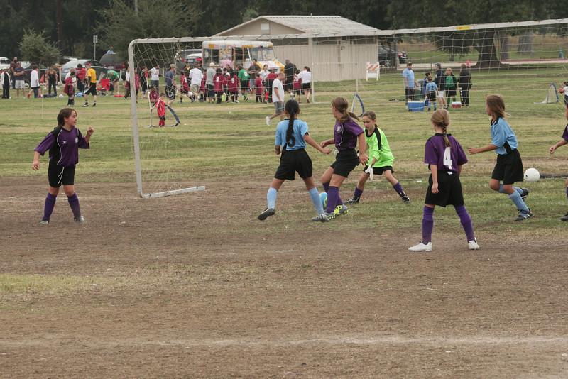 Soccer2011-09-17 10-25-42_1.JPG
