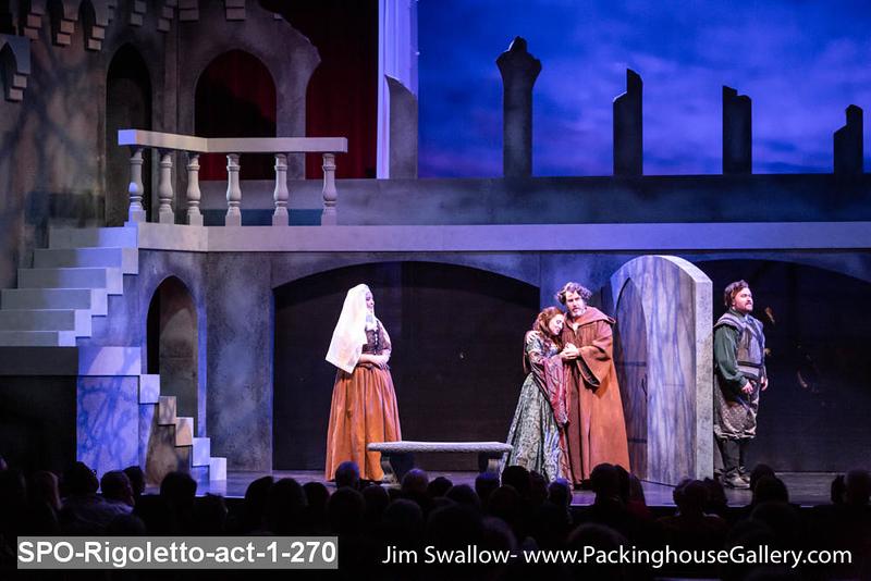 SPO-Rigoletto-act-1-270.jpg