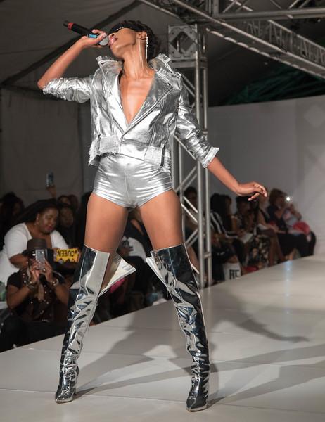 FLL Fashion wk day 1 (56 of 134).jpg