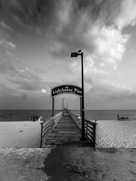 lighthouse_pier.jpg