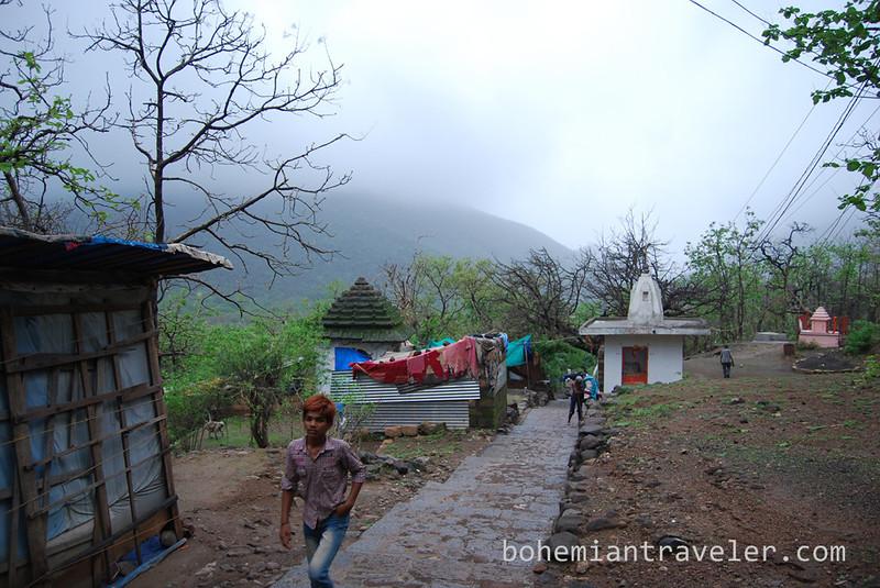 Girnar Hill near Junagadh Gujarat.jpg