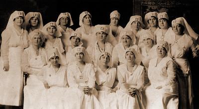 B&W Nurses