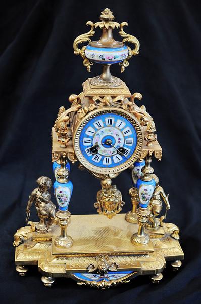 D3S_8549 Antique Clock Emporium.jpg