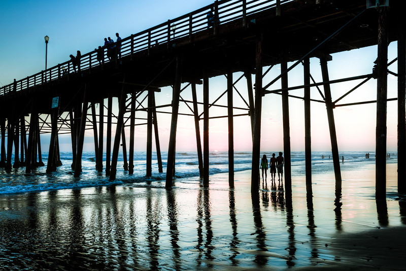 AlikGriffin_Oceanside_Watching_Sunset.jpg