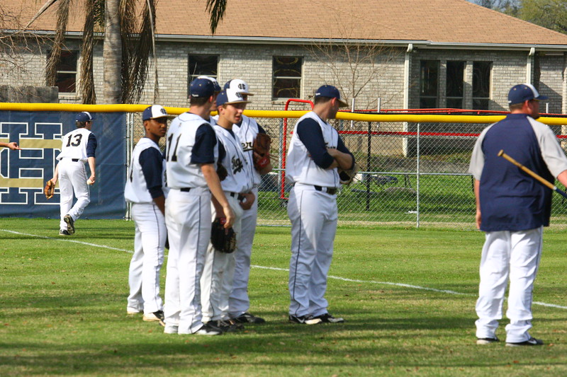 \\hcadmin\d$\Faculty\Home\slyons\HC Photo Folders\HC Baseball vs SCC_1st Home Game_2_12\6W2Y8925.JPG