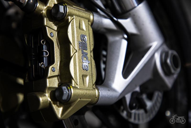 Aprilia Dorsoduro 900 - Front Brake 1.jpg