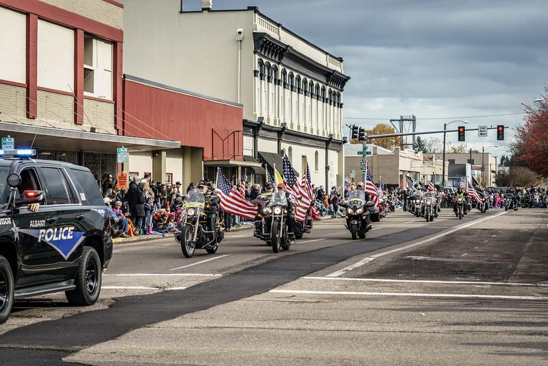 2017111117_Veterans_-5377-2.jpg