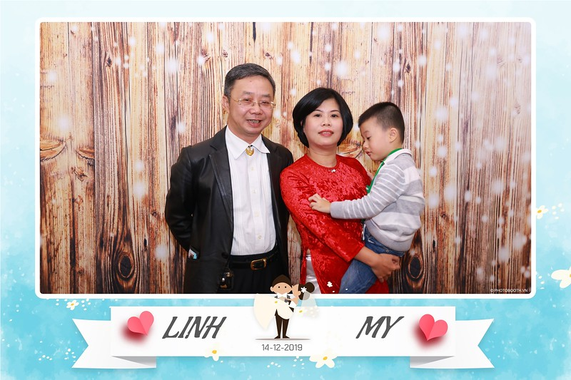 Linh-My-wedding-instant-print-photo-booth-in-Ha-Noi-Chup-anh-in-hnh-lay-ngay-Tiec-cuoi-tai-Ha-noi-WefieBox-photobooth-hanoi-120.jpg