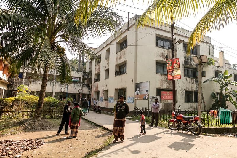 0246-0248Upazilla Health Complex Building.Dakua Union Golachepa, Potuakhali. Bangladesh.Photo Credit: b.a.sujaN / Map / WRA