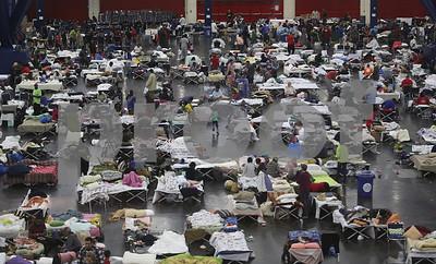 last-900-harvey-evacuees-leave-houston-convention-center