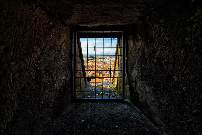 Inside-Santa-Maria-del-Fiore.jpg