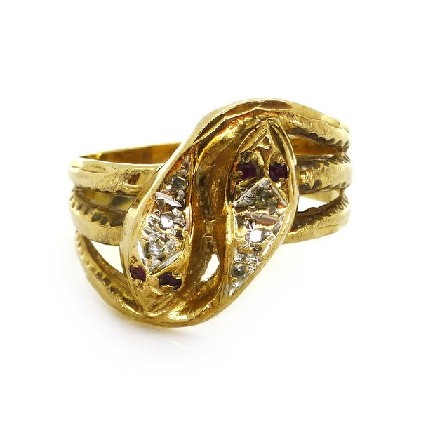 VINTAGE 1980S 9CT GOLD DOUBLE SNAKE DIAMOND ENGAGEMENT RING