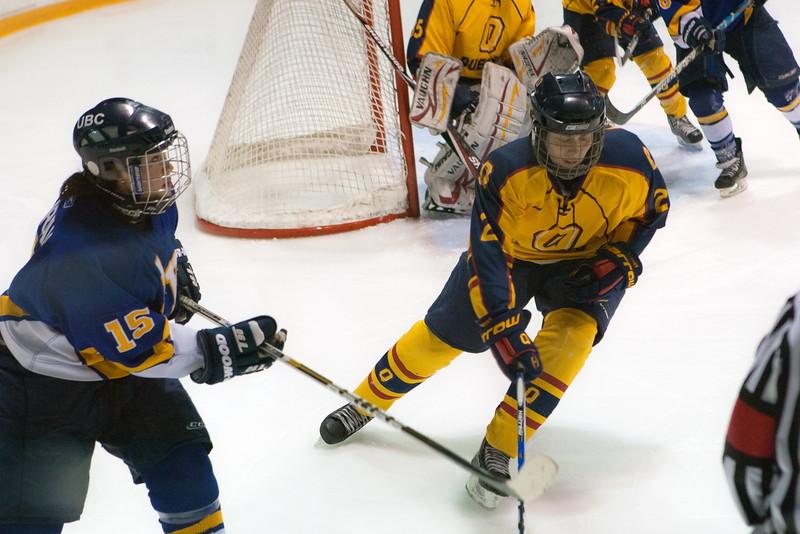 20130310 QWHockeyvsUBC 708.jpg