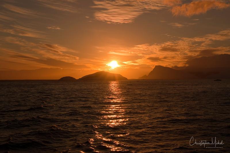 091206_sunrise_drake_2453.jpg